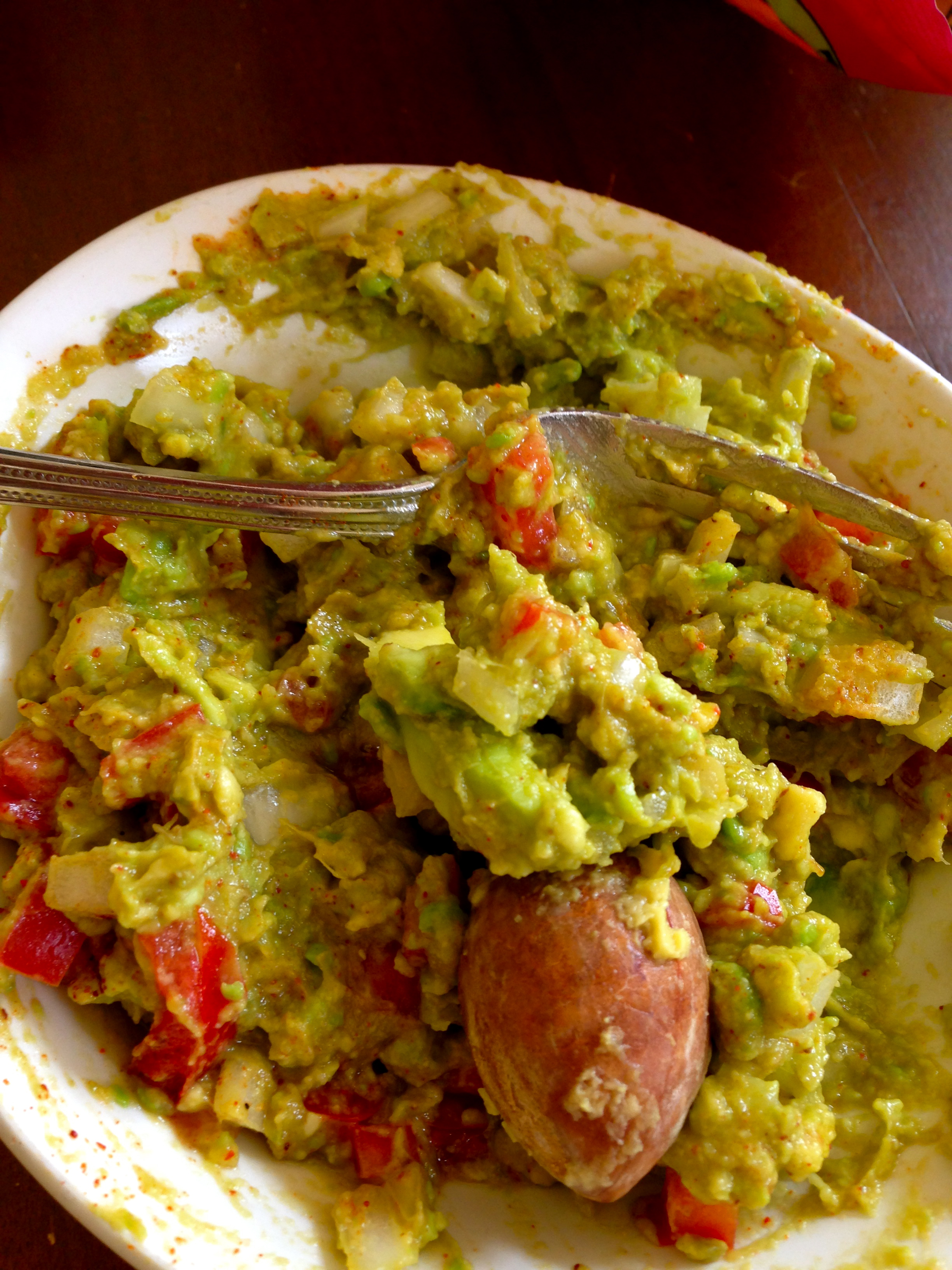 HOLY GUACAMOLE! MEATLESS MONDAY Takes on Guac!
