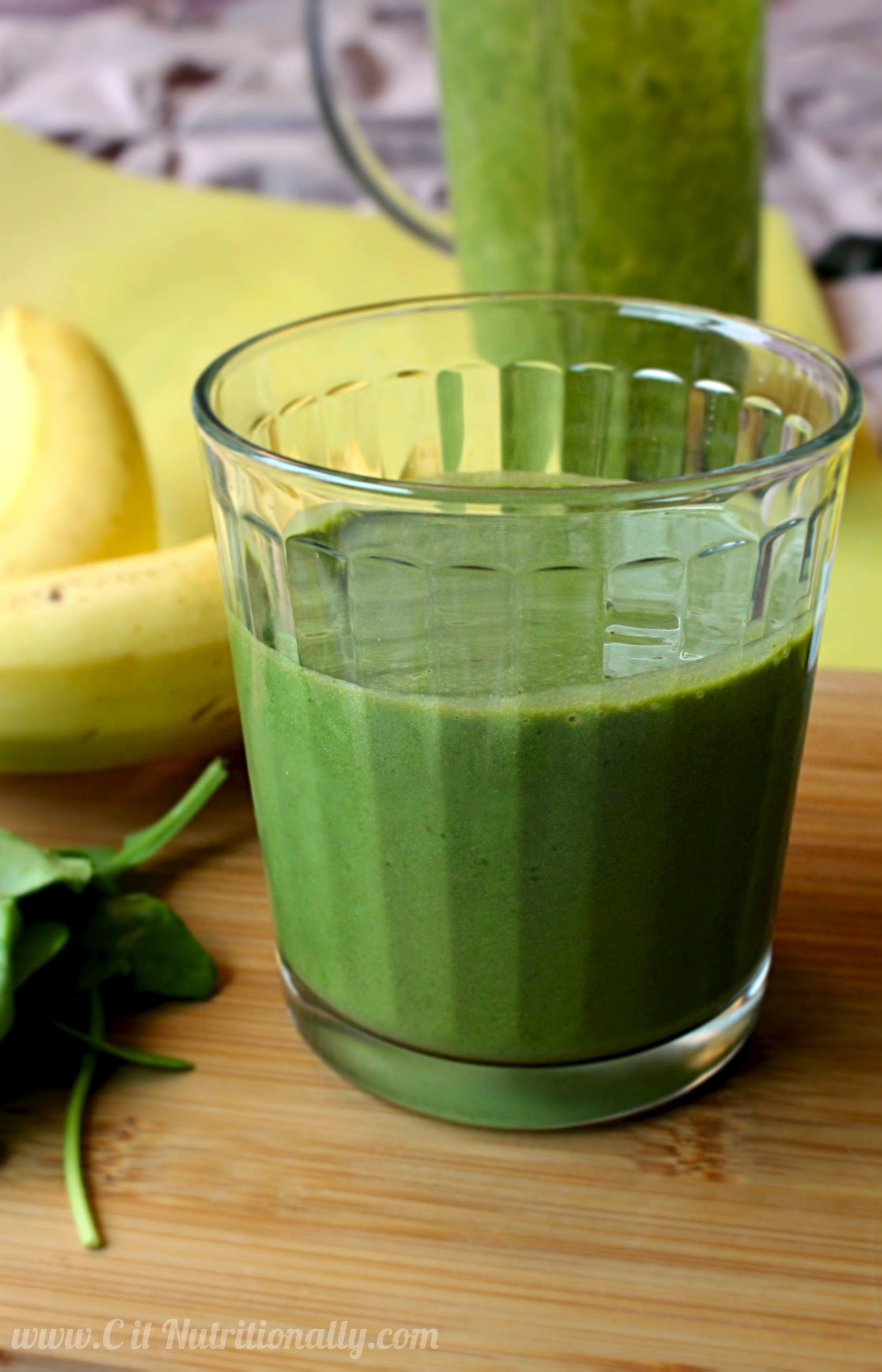 Allergen-Friendly Green Monster Smoothie