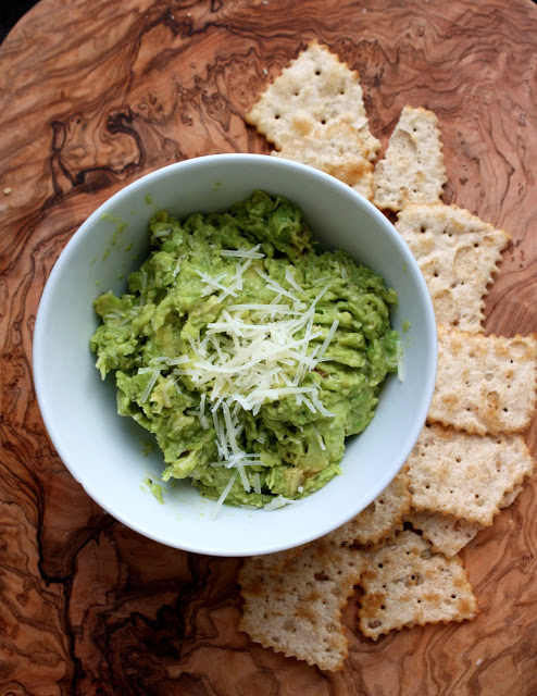 http://www.cannellavita.com/2013/03/grilled-guacamole-with-parmesan-and.html