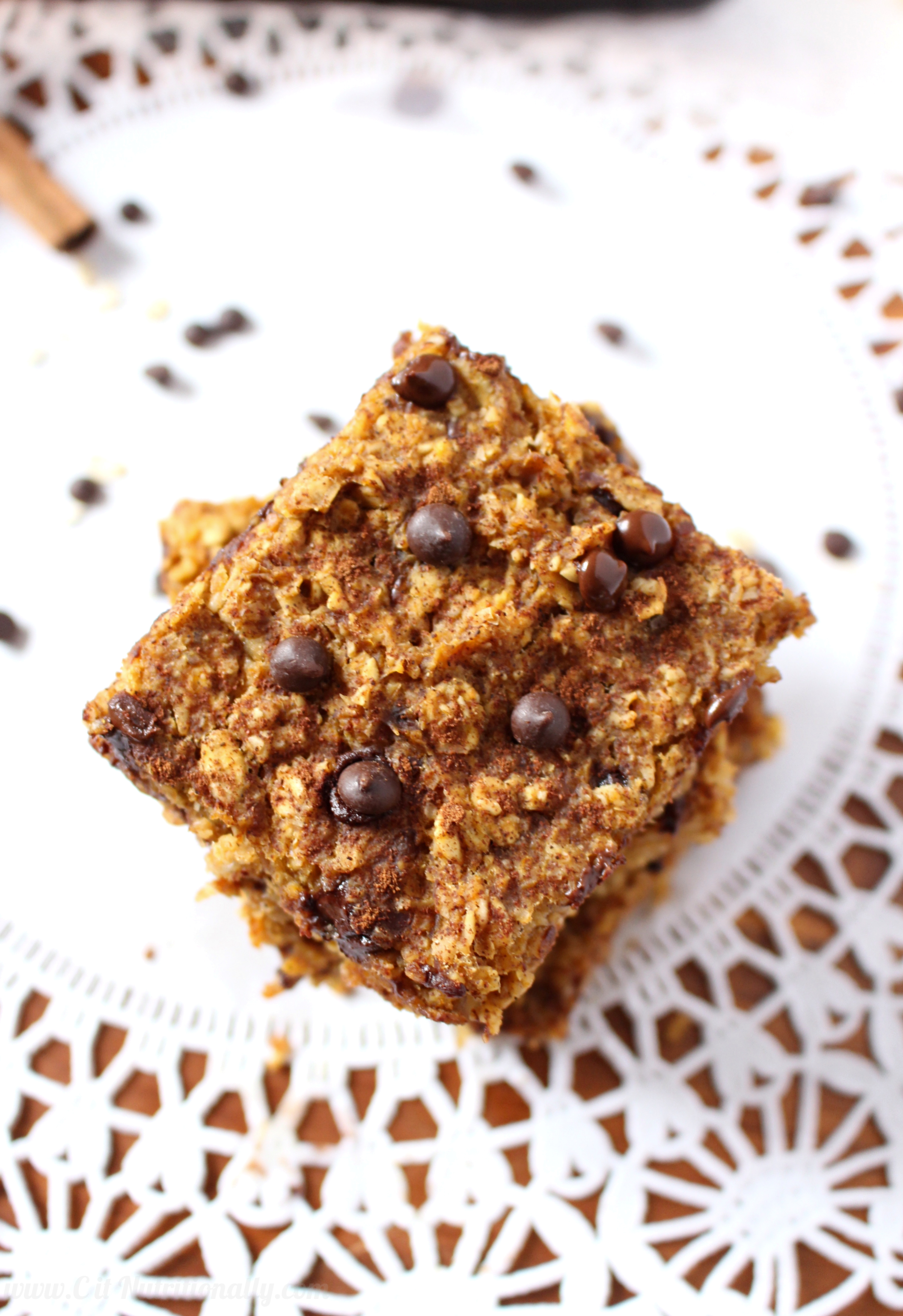Healthy Chocolate Chip Pumpkin Bread Oatmeal Bars - C it Nutritionally