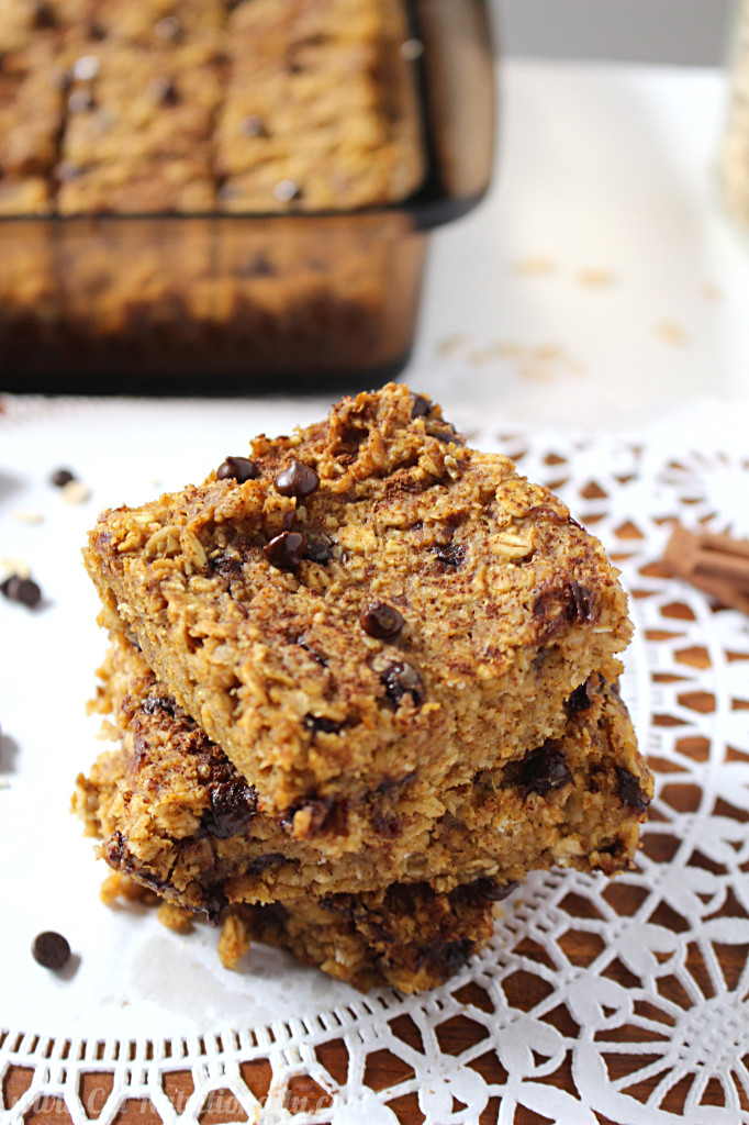 Healthy Chocolate Chip Pumpkin Bread Oatmeal Bars | C it Nutritionally #vegan #glutenfree