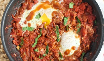 Simple and Spicy Shakshuka