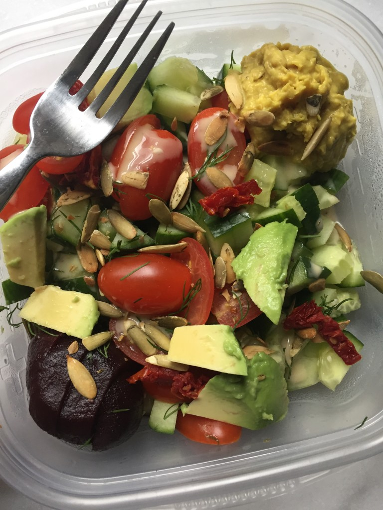 Lunch! All the veggies salad with avocado and homemade turmeric hummus! What I Ate Wednesday 50 | C it Nutritionally