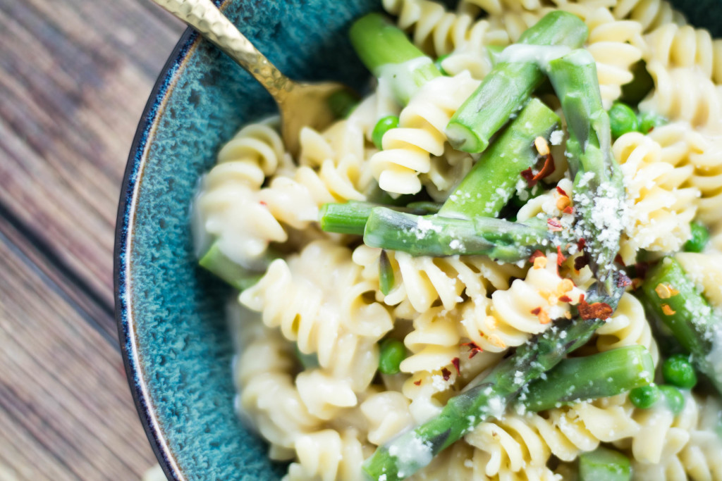 Spring Time Pasta with Asparagus and Peas 2