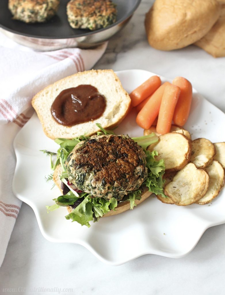 how to make a juicy flavorful turkey burgers